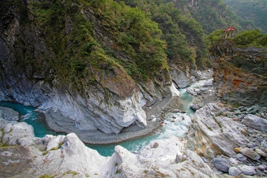 太魯閣峽谷-1030x687.jpg