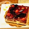 111023_25_cake.jpg
