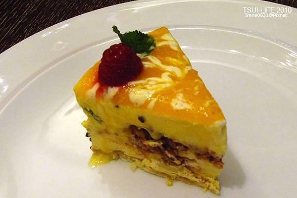 111023_22_cake.jpg