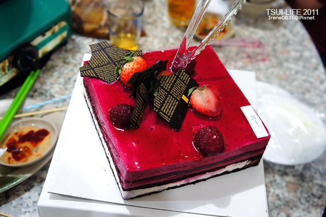 111023_01_cake.jpg