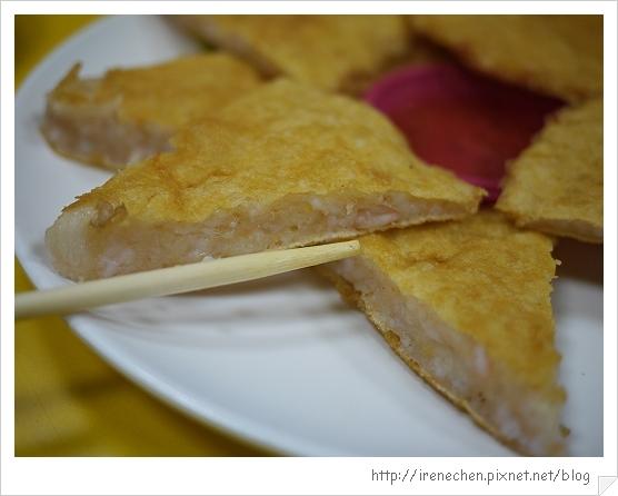 雲南擺夷小吃12-月亮蝦餅很厚.jpg