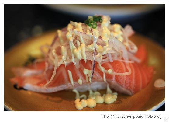 台中大漁壽司13-炙燒鮭魚肚佐洋蔥美奶滋.jpg
