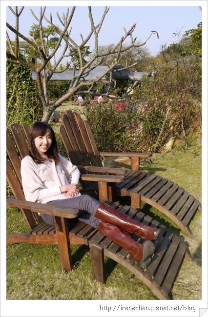 紫蝶花影31-躺椅真不錯.jpg