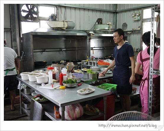 新屋鵝肉05-廚房.jpg