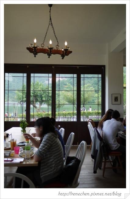 小熊書房27-1樓用餐區.jpg