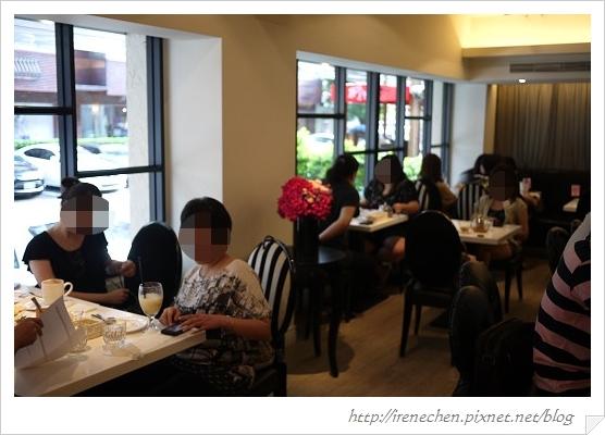 蜜糖土司06-室內用餐區.jpg