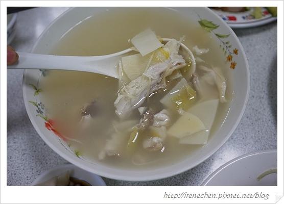 復興餐廳11-酸菜肚片湯.jpg