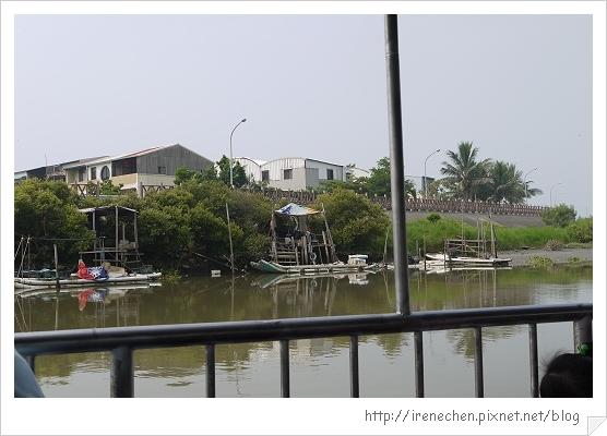 坐船遊台江27-捕魚小屋.jpg