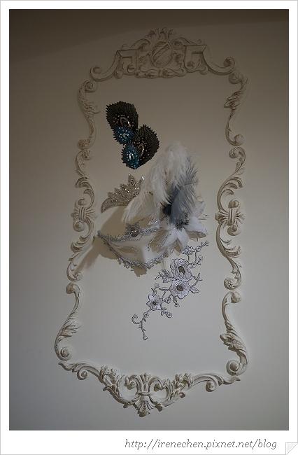 跳舞香水21-羽毛裝飾.jpg