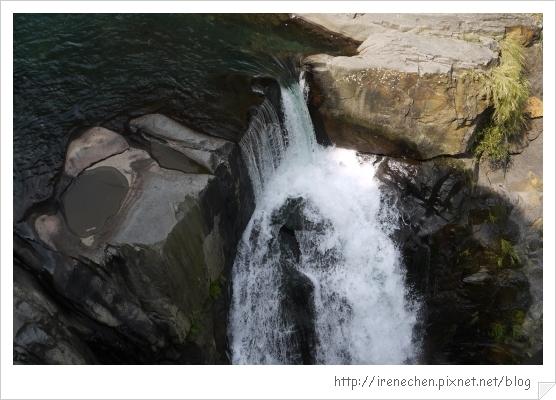 天空步道24-瀑布.jpg