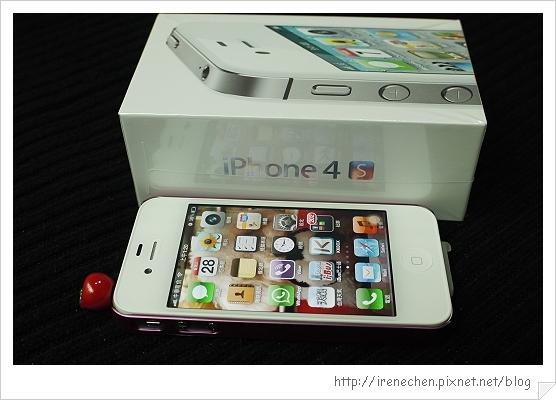 iphone 4s-08-手機和外包裝.jpg