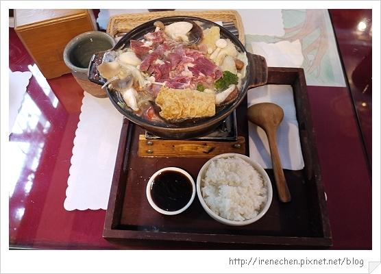 八里桃樂絲森林13-柚根養生鍋(牛肉).jpg