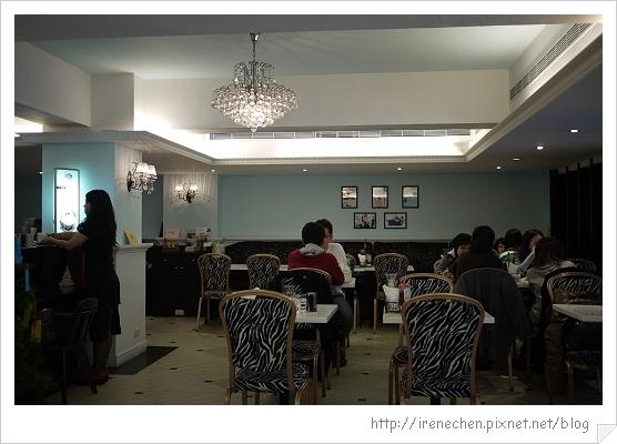 Tiffany cafe-02-店內.jpg