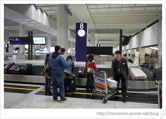 HK013-領行李.jpg