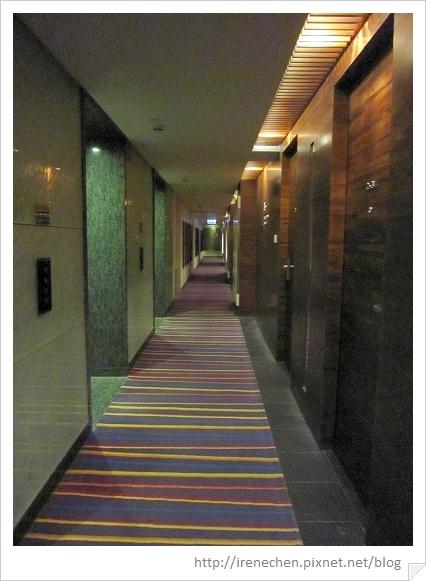 HK056-海景酒店26樓走道.jpg