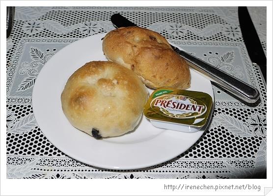 君品酒店12-餐前麵包.jpg