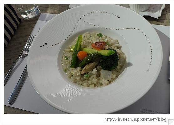 MOT KITCHEN-19-曼波魚燉飯.jpg