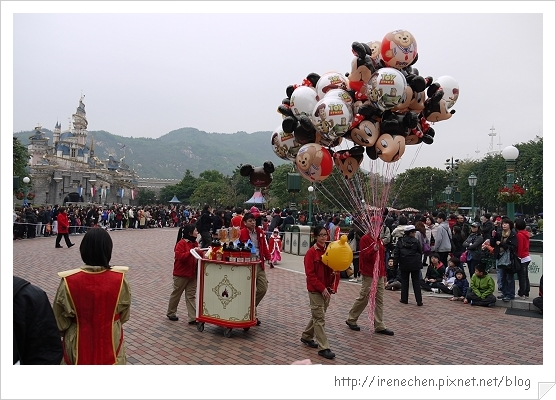 HK612-香港迪士尼樂園飛天巡遊.jpg