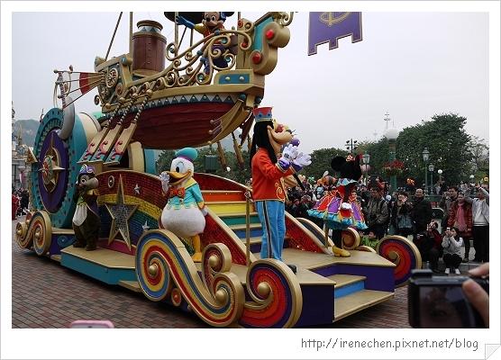 HK616-香港迪士尼樂園飛天巡遊.jpg