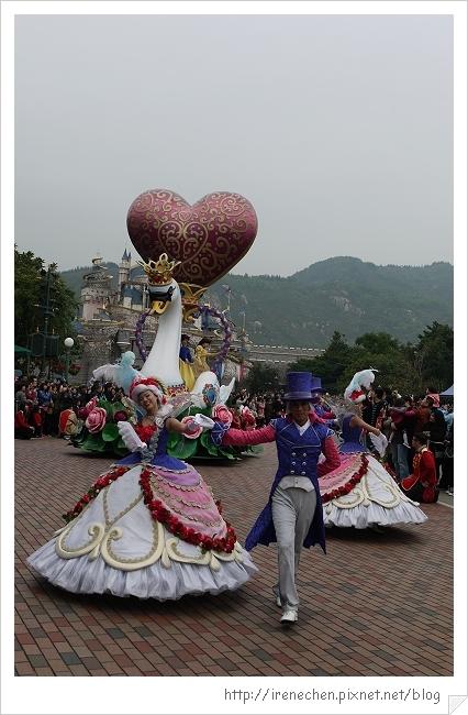 HK622-香港迪士尼樂園飛天巡遊.jpg