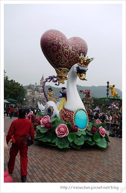 HK623-香港迪士尼樂園飛天巡遊.jpg