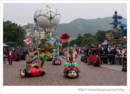 HK631-香港迪士尼樂園飛天巡遊.jpg