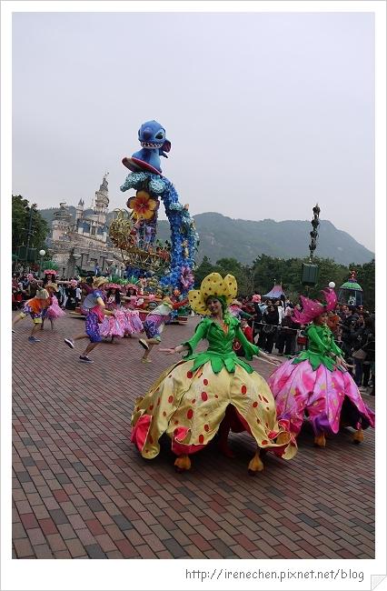 HK632-香港迪士尼樂園飛天巡遊.jpg