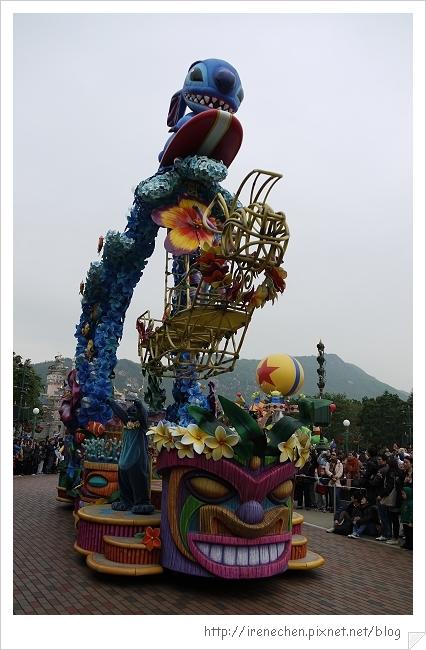 HK633-香港迪士尼樂園飛天巡遊.jpg