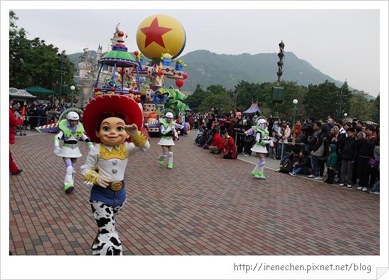 HK635-香港迪士尼樂園飛天巡遊.jpg