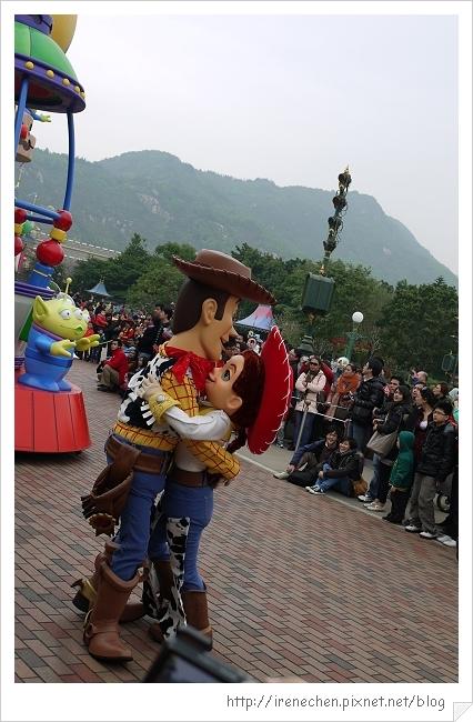 HK637-香港迪士尼樂園飛天巡遊.jpg