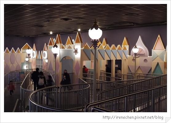 HK640-香港迪士尼樂園小小世界.jpg