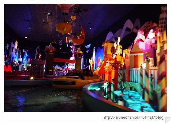 HK642-香港迪士尼樂園小小世界.jpg