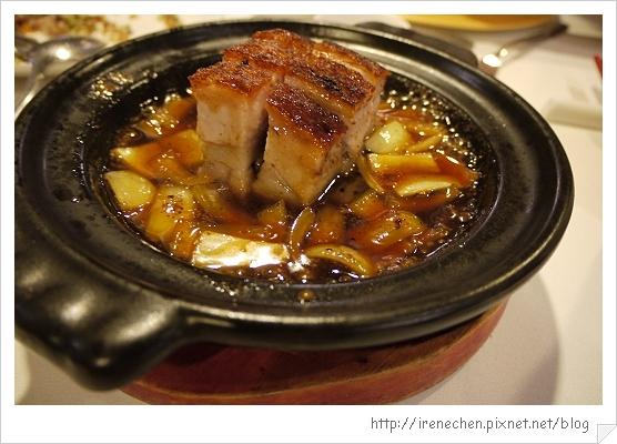 華泰王子飯店37-九華樓-四方梅汁燒肉磚.jpg
