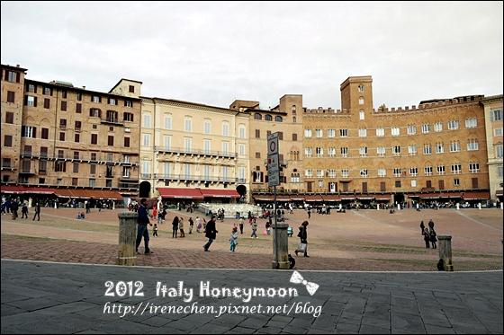 Italy0610.JPG