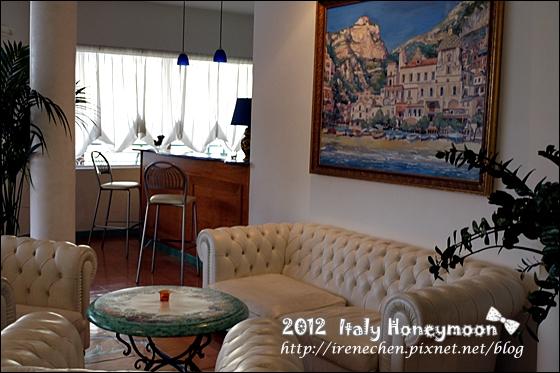 Italy1083