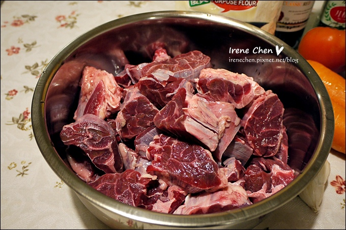 紅酒燉牛肉02.JPG