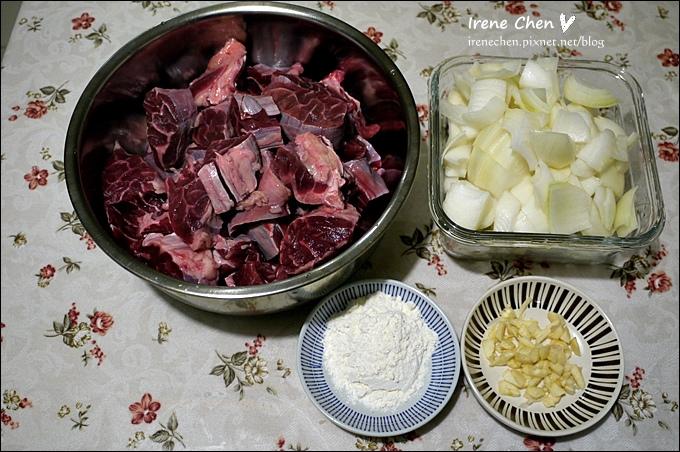 紅酒燉牛肉03.JPG
