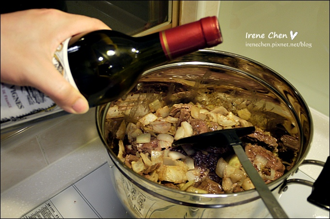 紅酒燉牛肉08.JPG