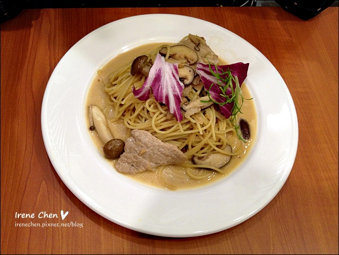 Time Park Cafe-12.JPG