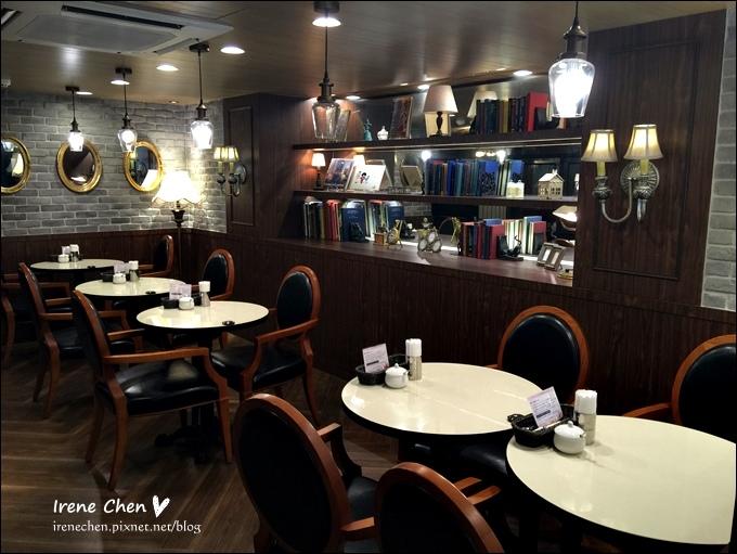 Mee's Cafe-07.JPG