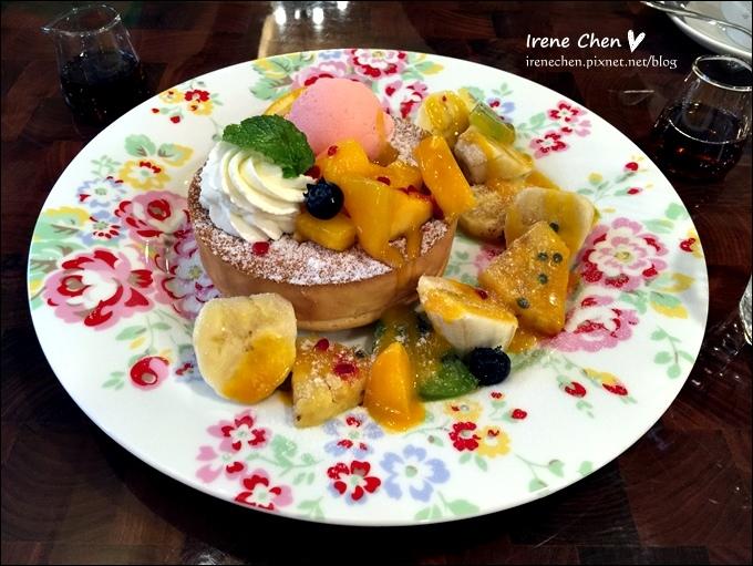 Mee's Cafe-11.JPG