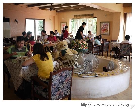 洞天法國農莊18-餐廳內.jpg