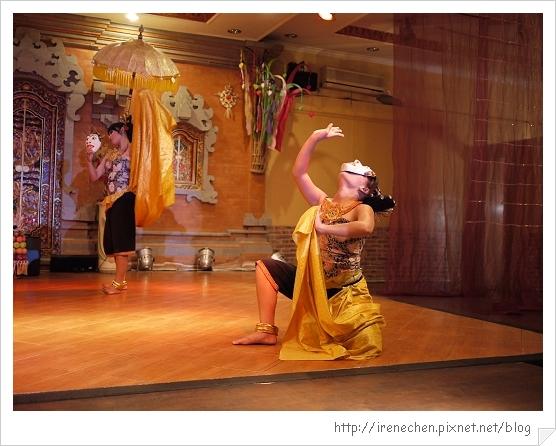 Bali215-珍寶餐廳BALI傳統舞蹈表演.jpg