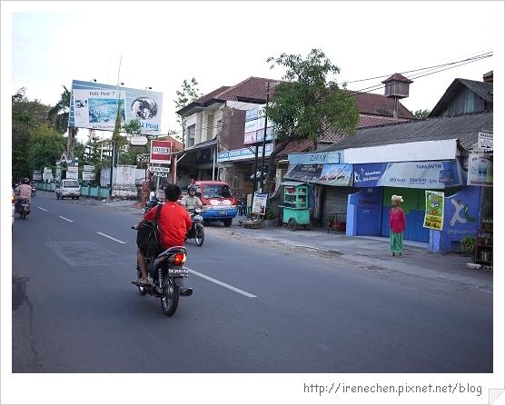 Bali58-楊家醬海鮮館前街景.jpg
