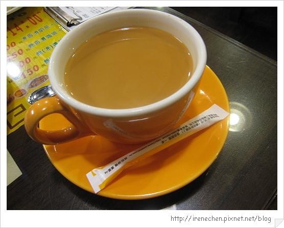 祥發港式茶餐廳7-香滑絲襪奶茶.jpg
