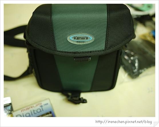 粉紅GF1入手-12(相機背袋).jpg
