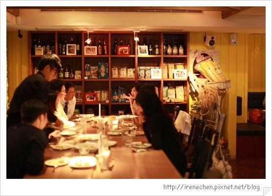 SOLO Pasta-04-店內.jpg