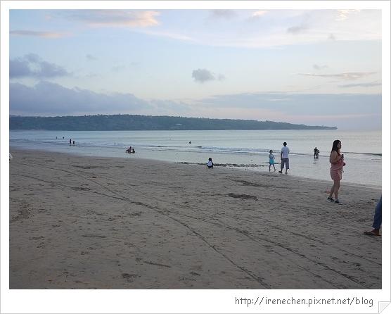Bali484-金巴蘭海灘.jpg