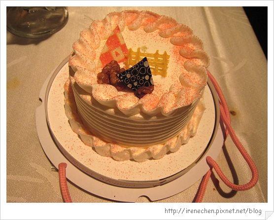 TOROS鮮切牛排27-生日蛋糕.jpg