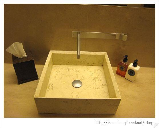 32行館33-洗手檯.jpg